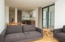 3 bedroom new Apartment in Venetian House, E20