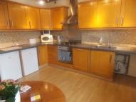 Flat to rent in CHASE SIDE, EN2 6NX