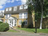 2 bedroom Flat to rent in Crofton Way