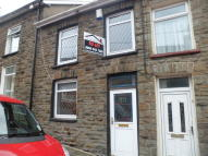 Terraced house to rent in Williamstown