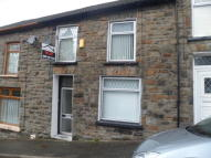 Terraced property to rent in Pentre