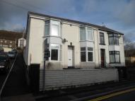 2 bed Apartment in Ystrad