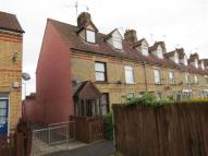 3 bed semi detached house to rent in Wood View, Bourne