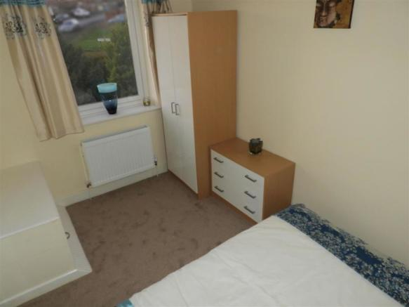 Bedroom Furniture.jp