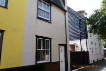 3 bed End of Terrace property to rent in Castlegate Street...
