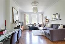 Flat to rent in 18 Greville Road...