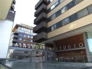 Flat to rent in Gainsborough Studios...
