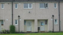 2 bed Flat to rent in Highfield Crescent...