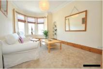 Flat to rent in Bearsden Road, Glasgow...