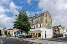 3 bedroom Flat to rent in Goldhawk Road...