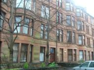 Flat to rent in Woodford Street, Glasgow...