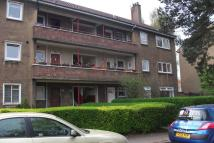 Flat to rent in Muirskeith Road, Glasgow...