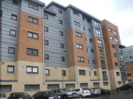 Flat to rent in Barrland Court, Glasgow...