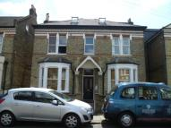 Flat to rent in Longley Road, London...