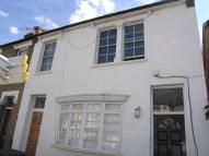Flat to rent in Graveney Road, London...