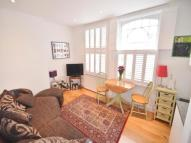 2 bedroom Flat in Dafforne Road, London...