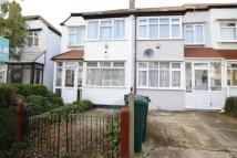 3 bed semi detached home to rent in Galpins Road...
