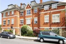 2 bed Flat to rent in Daysbrook Road, London...