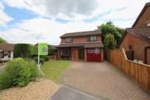 Detached property in Appletree Close...