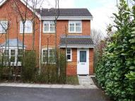 3 bedroom semi detached house to rent in Park Close, Preston...