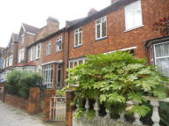 Terraced house in 5 DOUBLE BEDROOM HOUSE...