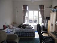 LARGE STUDIO Studio apartment to rent