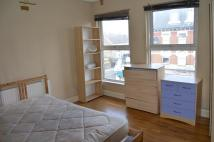 Flat in LARGE BEDSIT...