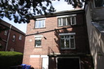 Apartment to rent in Hutcliffe Wood Road...