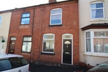 3 bedroom house in Manor Street, Hinckley...