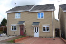 2 bed semi detached property to rent in Otter Close, Stowmarket,