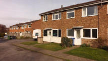1 bed Ground Maisonette in Brookside Close...