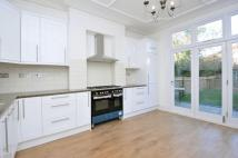 5 bed property in Elmfield Road Balham SW17