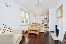 2 bedroom Flat to rent in Salford Road Streatham...