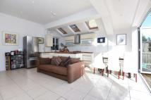 Flat to rent in Mayford Road Balham SW12