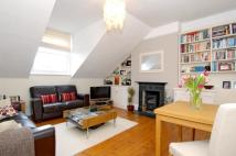 Flat to rent in Huron Road Balham SW17
