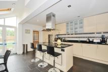property to rent in Chestnut Grove Balham...