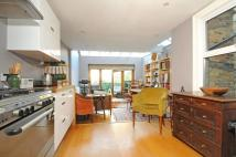 2 bedroom Flat in Tunley Road Balham SW17