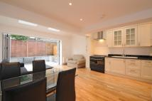 Apartment to rent in Dorothy Road Battersea...