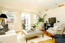 Flat to rent in Broomwood Road Battersea...