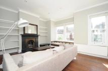 Apartment in Aliwal Road Battersea...