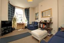 2 bedroom Flat to rent in Almeric Road SW11