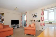 2 bed Flat to rent in Dagnall Street Battersea...