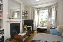 1 bed Apartment to rent in Bowood Road Battersea...