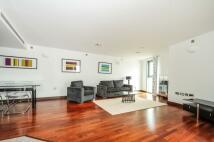 2 bedroom Apartment to rent in Bridges Court Road...