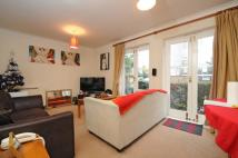 Flat in Bolingbroke Walk...