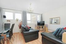 Flat to rent in Yelverton Road Battersea...