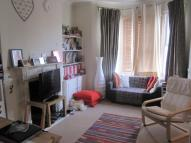 Flat in Marmion Road London SW11
