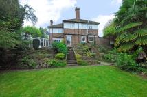 5 bedroom property to rent in Foxgrove Avenue...
