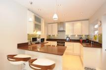 4 bed home in Meadway Beckenham BR3