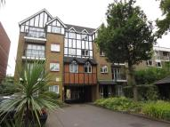 2 bedroom Flat to rent in Brackley Road Beckenham...